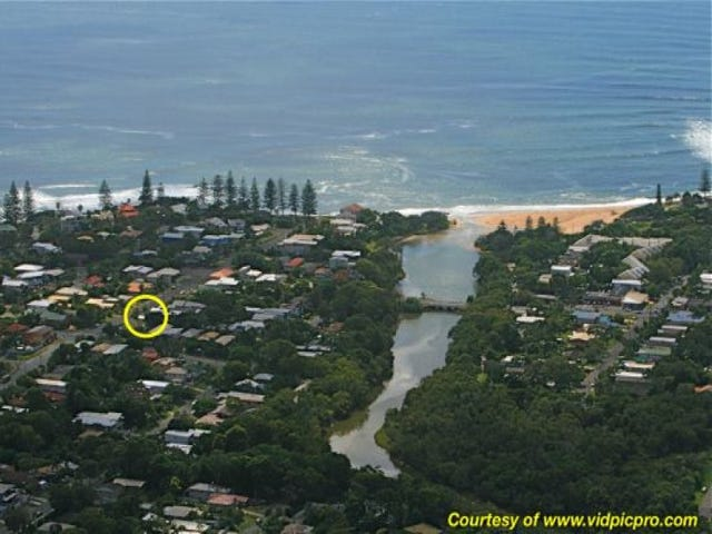 Moffat beach qld 4551 auction results sold prices for for 24 victoria terrace shelly beach