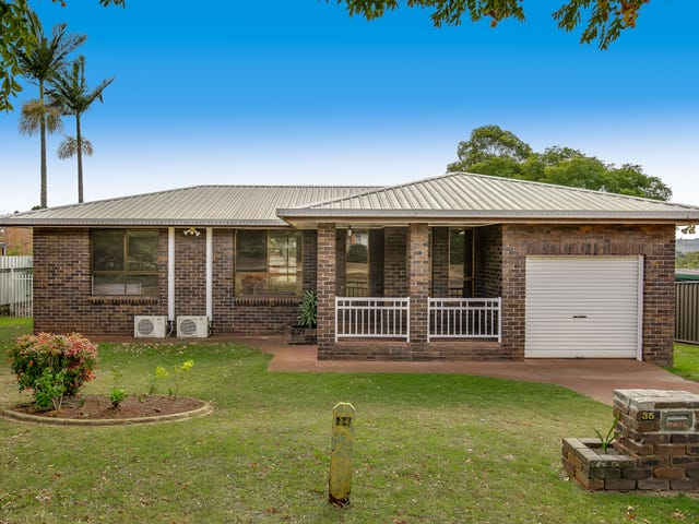 35 Champagne Crescent, Wilsonton Heights, Qld 4350