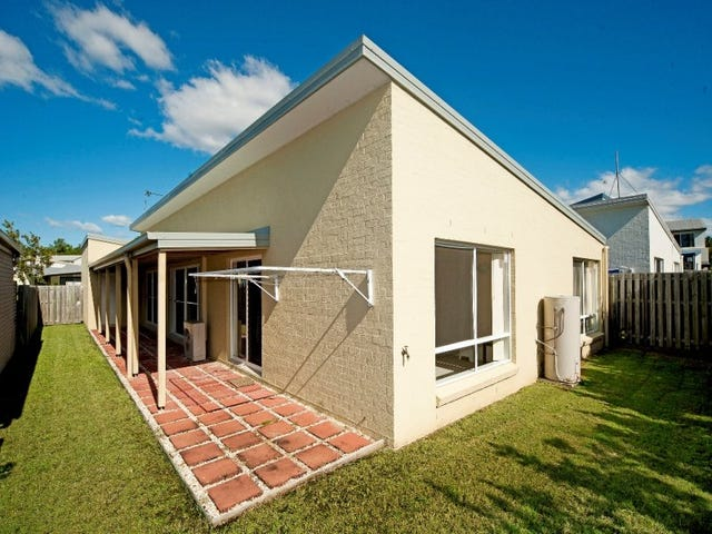 17 Norfolk Drive, Pacific Pines, Qld 4211