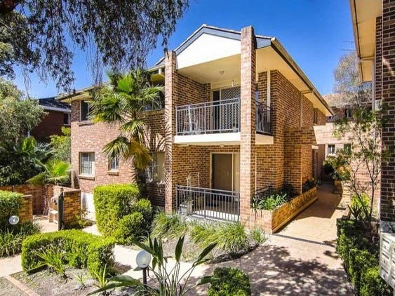 5/26 Shaftesbury Street, Carlton, NSW 2218