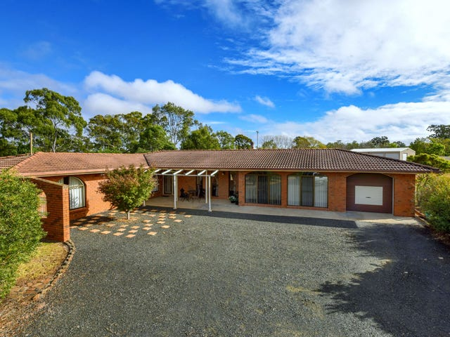 65 Valley View Drive, Meringandan West, Qld 4352