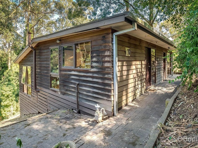 34 Thompson Road, Upwey, Vic 3158