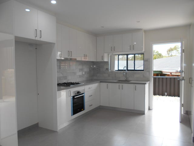 37a Stockdale Cres, Abbotsbury, NSW 2176