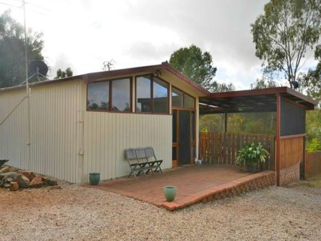 5 Commerical Road, Watervale, SA 5452
