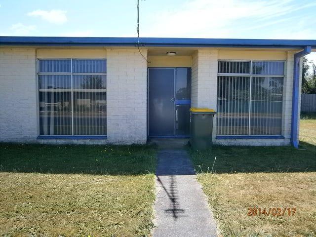 4/11 Hale, Wynyard, Tas 7325