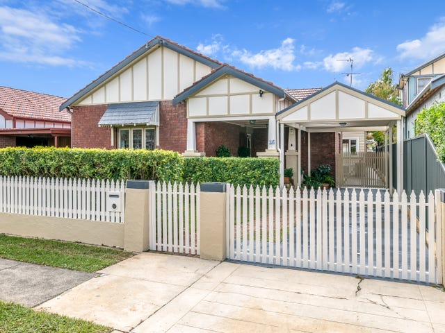 16 Hebburn Street, Hamilton East, NSW 2303