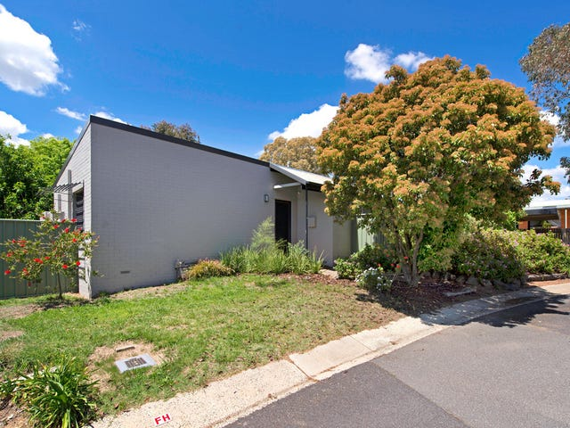 4 Toomey Place, Spence, ACT 2615