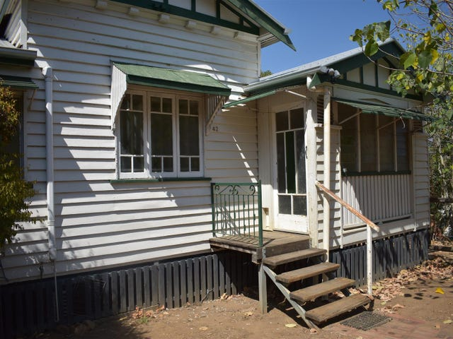 42 Gordon Street, Mount Morgan, Qld 4714