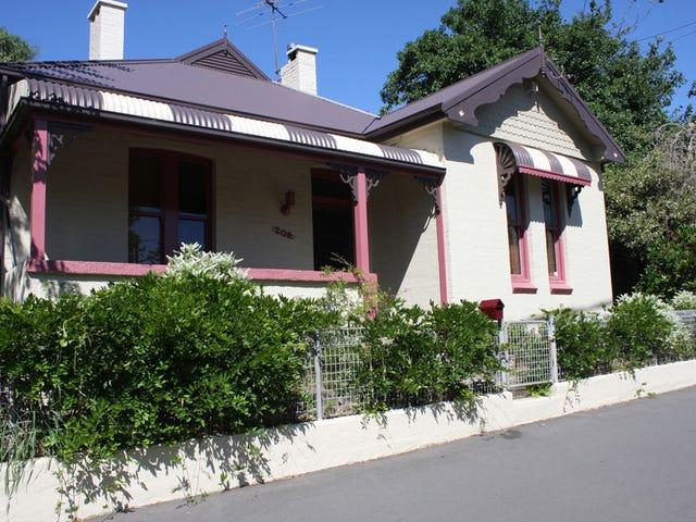 208 Bathurst Road, Katoomba, NSW 2780