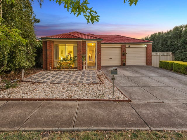 30 Shields Street, Sunbury, Vic 3429