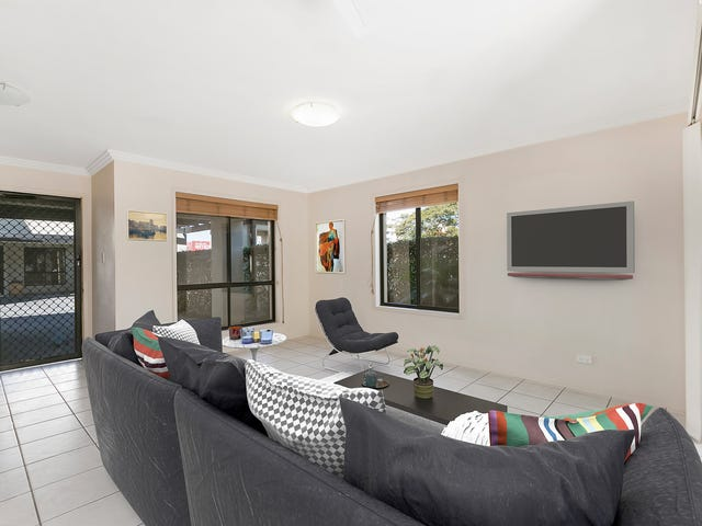 1/189 Scarborough Street, Southport, Qld 4215