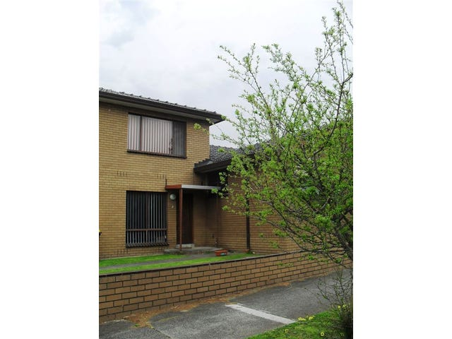 2/1610 Dandenong Road, Huntingdale, Vic 3166