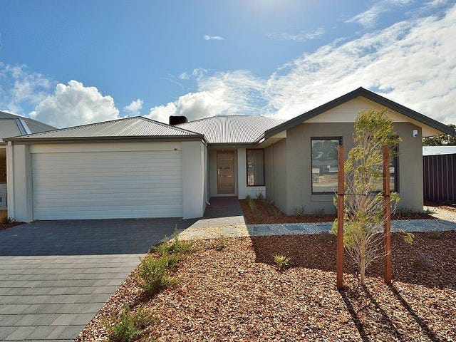 11 Clarendon Circuit, Lakelands, WA 6180