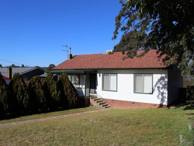 36 Edwards Street, Young, NSW 2594