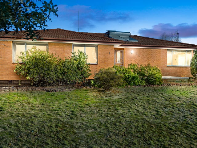 369 Southern Cross Drive, Holt, ACT 2615