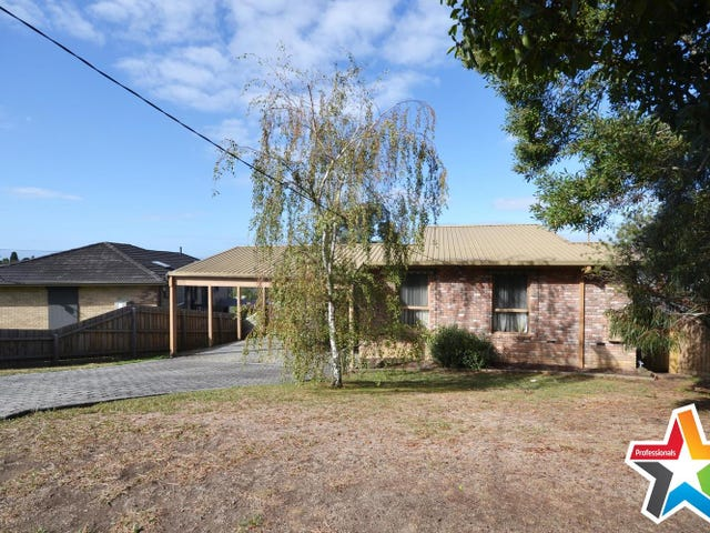38 Roseman Road, Chirnside Park, Vic 3116
