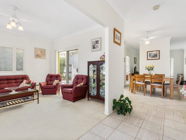 13 Oleander Place, Carindale, Qld 4152