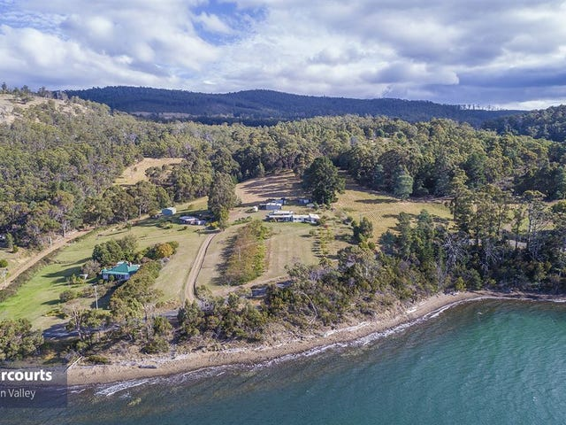 716 Esperance Coast Road, Police Point, Tas 7116