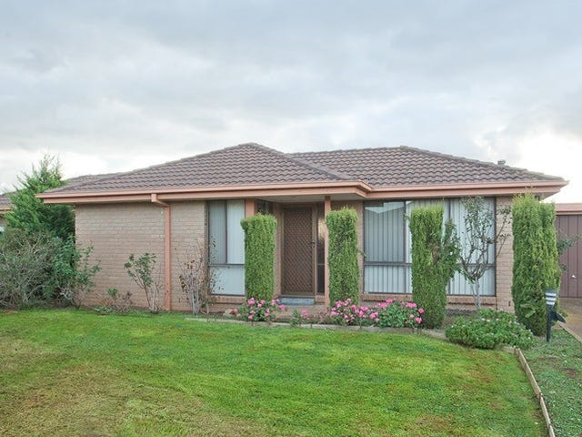 3/6-7 Coventry Place, Melton South, Vic 3338