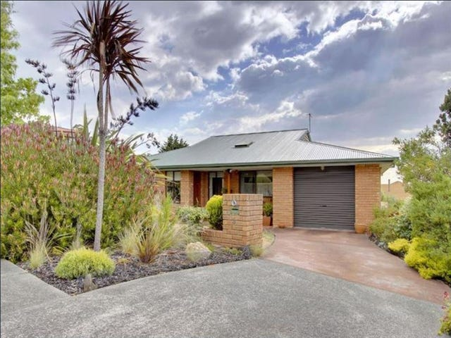 Blackmans Bay, address available on request