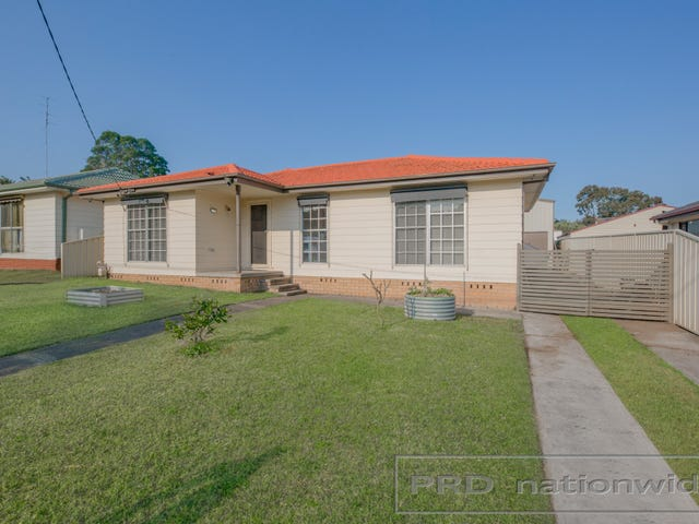 13 Sapphire Drive, Tarro, NSW 2322