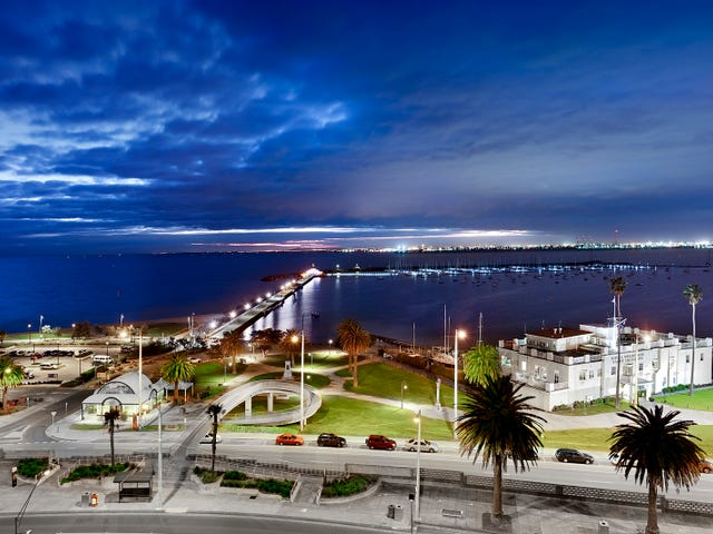 72/8-10 The Esplanade, St Kilda, Vic 3182