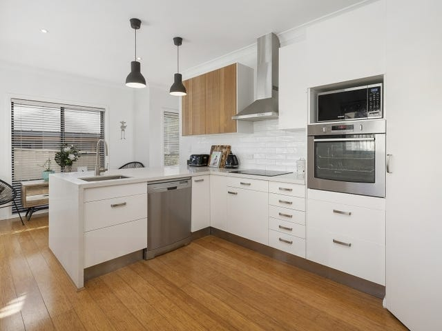 4a Phyllis Avenue, Picnic Point, NSW 2213