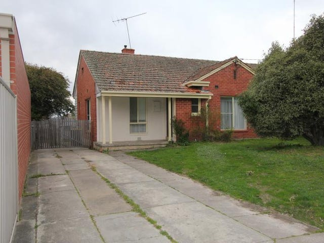 1 Walsh Avenue, Ballarat North, Vic 3350