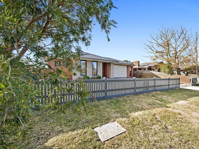 7 Rodney Drive, Woodend, Vic 3442