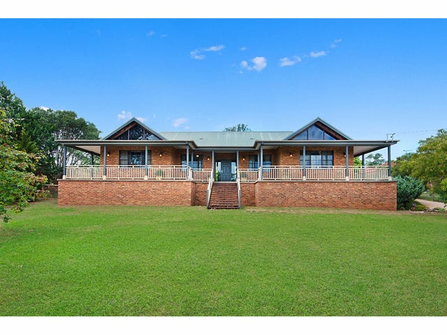 30 Willoughby Circuit, Grasmere, NSW 2570
