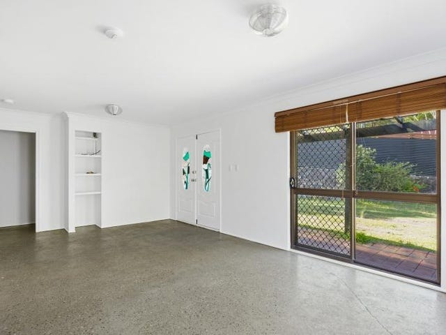 2 Ulm  Place, Worongary, Qld 4213