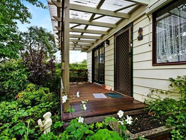 19 Hill St, Bundanoon, NSW 2578
