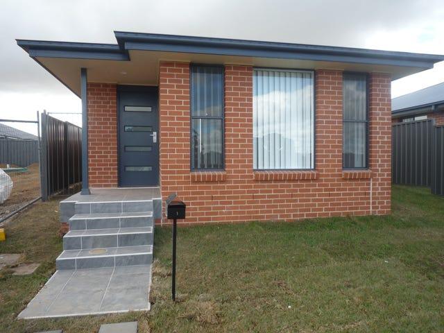 31A William Maker Drive, Orange, NSW 2800