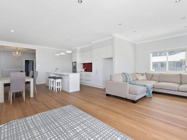 2 Wollondilly Avenue, Goulburn, NSW 2580