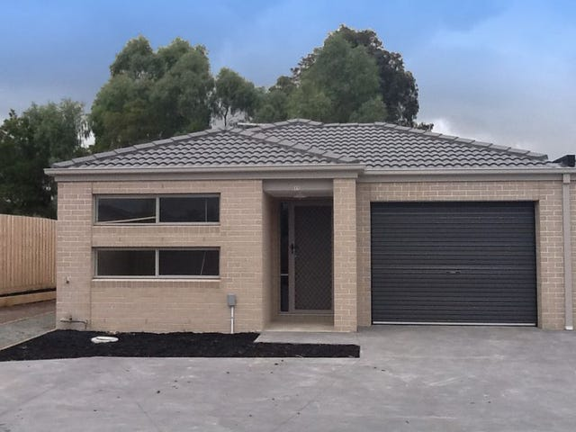 11/30 Sir Thomas Drive, Pakenham, Vic 3810