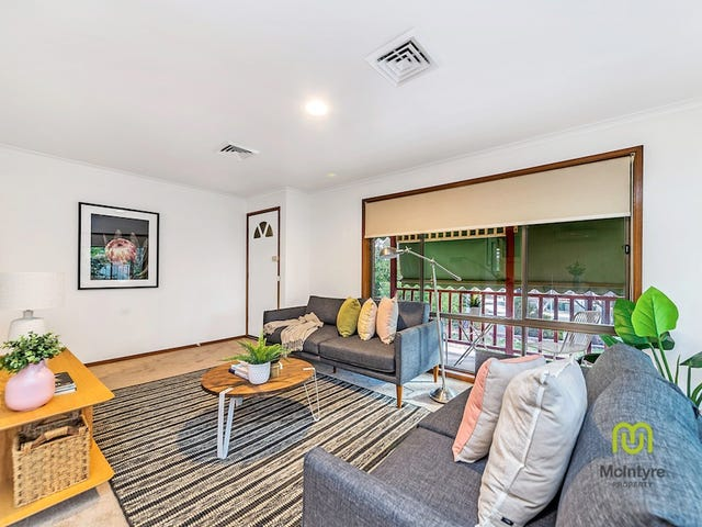 4 Shirra Close, Monash, ACT 2904