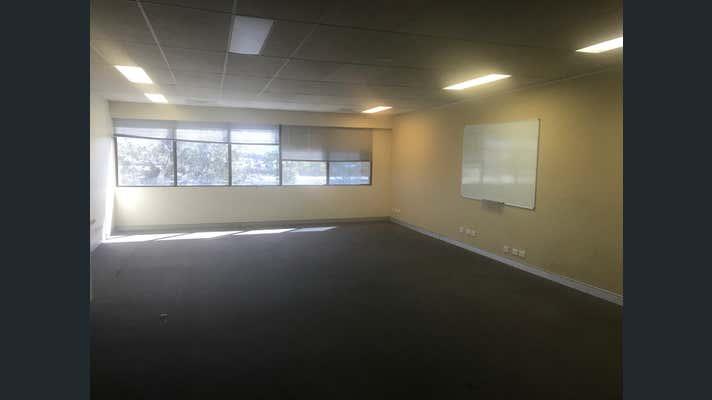 10-11, 121 Queen St Campbelltown NSW 2560 - Image 2