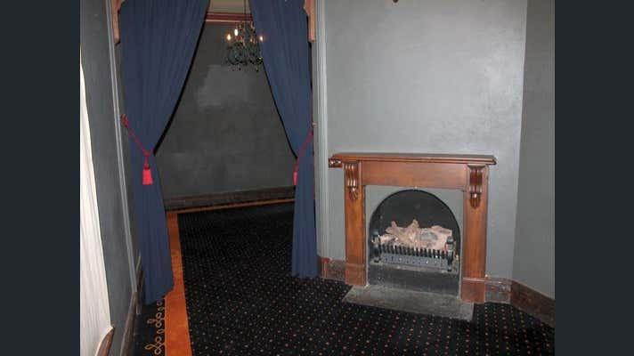 Ground  Shop Restaurant, 1 Gloucester Avenue Berwick VIC 3806 - Image 10