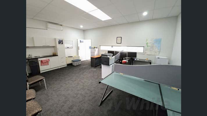 4/51 Industry Place Wynnum QLD 4178 - Image 2