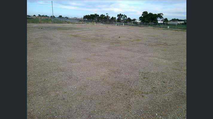 28 Farrow Circuit Seaford SA 5169 - Image 1