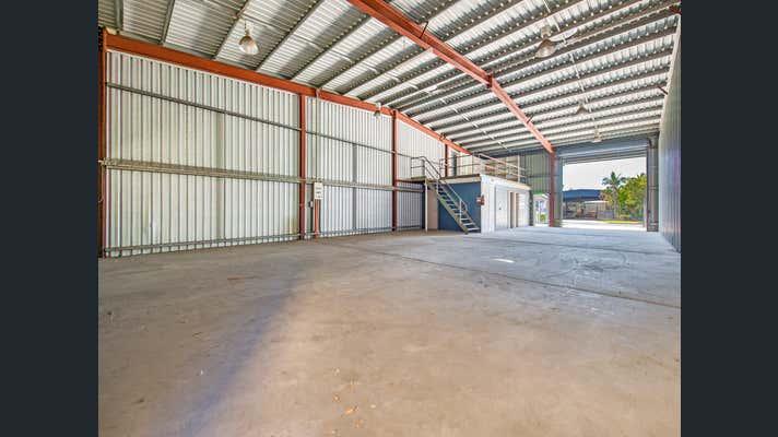 2/2 Spine Street Sumner QLD 4074 - Image 2