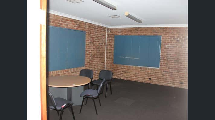 Office - 86 Racecourse Road Rutherford NSW 2320 - Image 6
