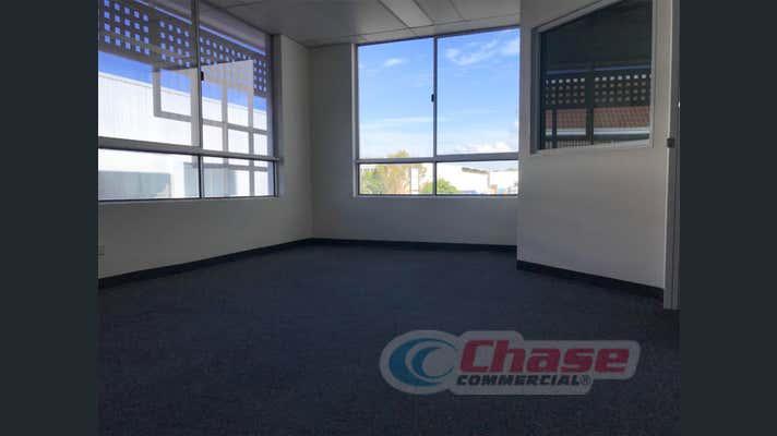 2/272 Lavarack Avenue Pinkenba QLD 4008 - Image 2