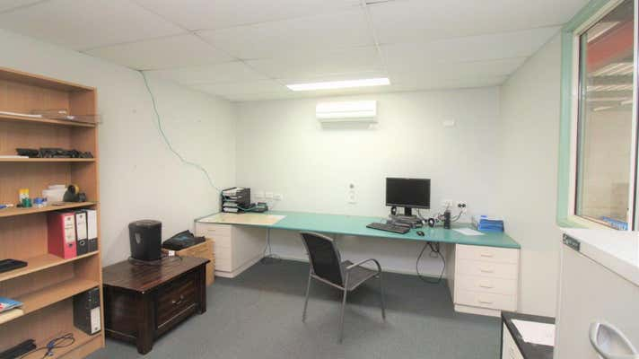 17/489-491 South Street Harristown QLD 4350 - Image 2