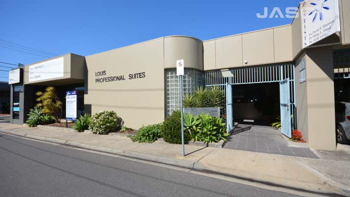 2/23 Louis Street Airport West VIC 3042 - Image 1