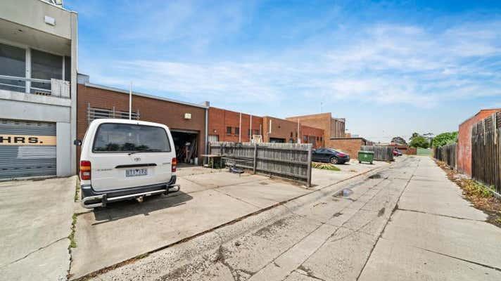 41 McFarlane Street Keilor East Vic 3033 - Image 2
