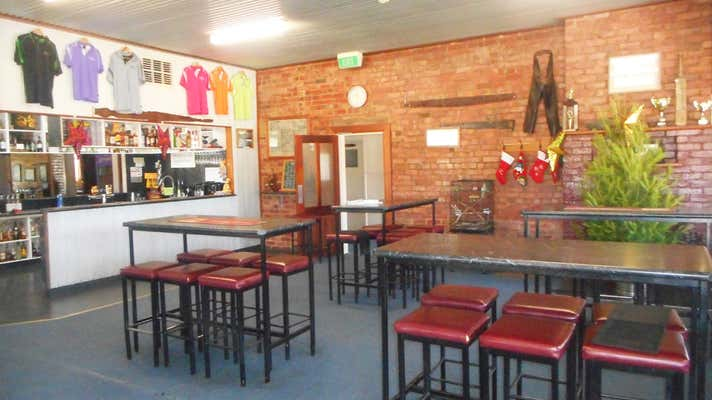Wakool Hotel, 15 Cook Street Wakool NSW 2710 - Image 2