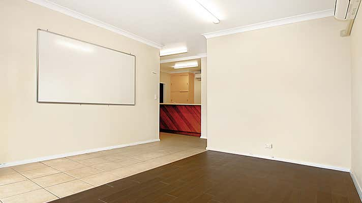 1/89 Bold Street Laurieton NSW 2443 - Image 2