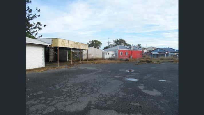 4 Malcomson Street North Mackay QLD 4740 - Image 11