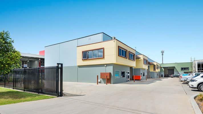3/20 Bluett Drive Smeaton Grange NSW 2567 - Image 2